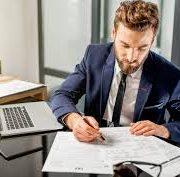 خطرات ناشی از تغییر سالیانه حسابدار مالیاتی